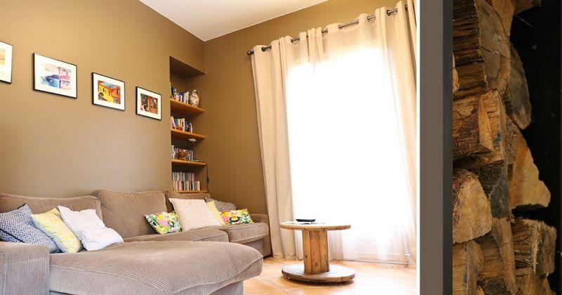 Embellissement d'une maison avec cuisine ouverte sur séjour par menuiserie style atelier, insert contemporain - Julie Béringué Architecte d'intérieur à Toulouse